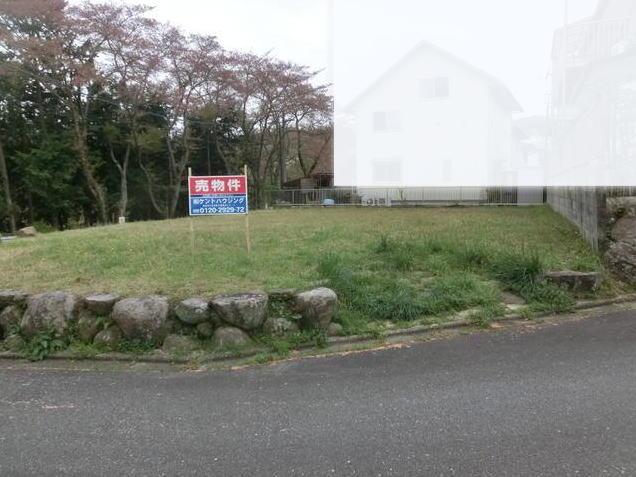 亀岡市西つつじヶ丘霧島台  1,850万円